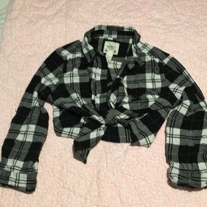 Forever 21 shirt size  S